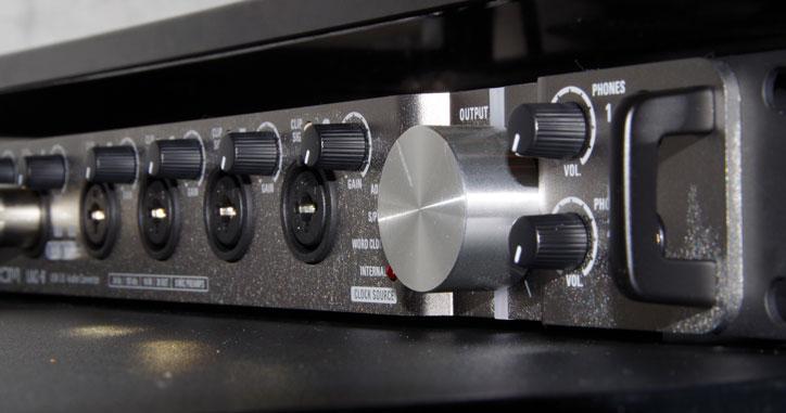 ZOOM UAC-8の写真